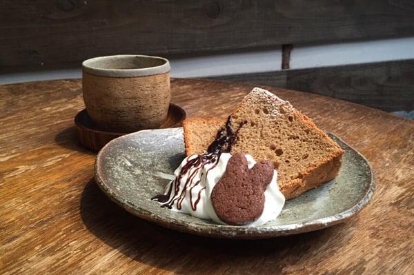 シフォンケーキがチョコ味に変更になっています